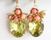 Coral Earrings, Green Glass Stones, Green Earrings ,Vintage Glass, Vintage Jewelry