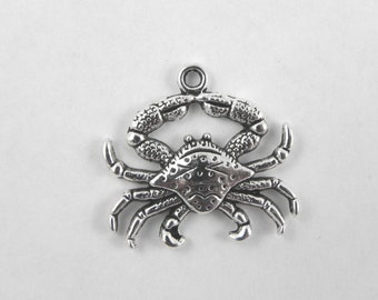 10 Crab Charms in Antiqued Silver - 25mm x 23mm