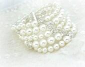 Wedding Cuff Bracelet, Pearl Wedding Bracelet, Pearl Bridal Bracelet, Chunky Pearl Bridal Bracelet, Wedding Jewelry, Statement Jewelry