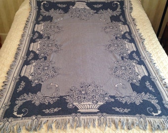 ON SALE / Vintage Woven  Fringed Throw / MWW 1992-V