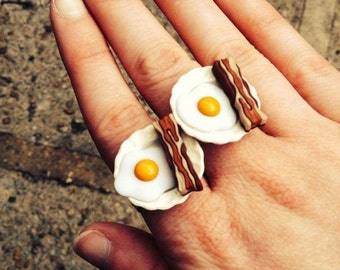 Eggs & Bacon Adjustable Breakfast Ring