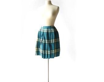 Vintage Plaid Skirt / 60s Skirt / Plaid Pleated Skirt / 25W