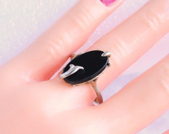 Modernist Black Onyx Ring Vintage Antiqued Goldtone Chunky Avon