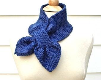 Keyhole scarf knitting pattern - knit ascot scarf pattern - unique knit pattern - knit neck warmer pattern - knit scarf pattern - scarflette
