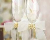 Elegant Fairy Tale Cinderella Coach Wedding Toasting Glasses (Silver/Gold)  - Custom Engraving Available - 30220