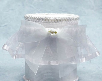 Porcelain Stephanotis Bouquet Wedding Garter - 50725S