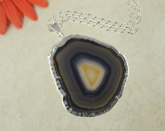 Grey Agate, Agate Pendant, Agate Necklace, Silver Plated Agate Slice Jewelry, APS124