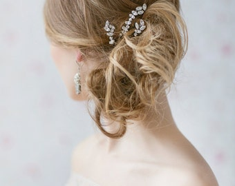 Crystal Hair Pins , Bridal Bobby  Pins , Set of  3 Rhinestone Pins , Wedding Hair Pins , Bridal Crystal Accessories