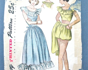 1940s Simplicity 2445 Printed Pattern to make Midriff Top Skirt and Playsuit Vintage Sewing Pattern Bust 30 inches