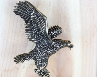 Eagle Drawer knobs - Eagle Knobs - Cabinet Hardware in Brass (MK162B)