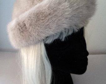 Vintage 1960's Mink Fur Hat / Blond Mink Fur Hat / Ladies Fur Winter Hat