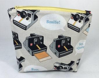 POUCH- Retro Cameras **handmade**