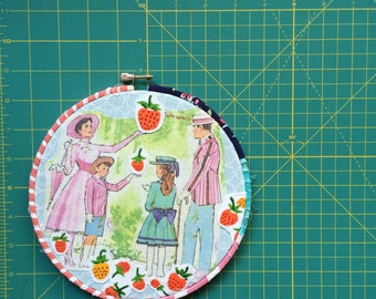 A Jolly Holiday Embroidery Hoop