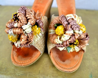 Mid Century 1940s 50s Mexican Trim Tred Fiesta Wedge Straw Party Sandals Shoes