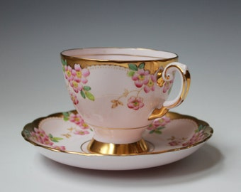Tuscan Fine English Bone China Teacup and Saucer, Made in England. Pretty in Pink!