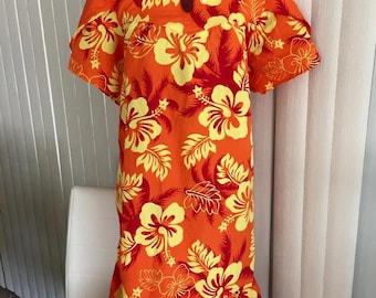 SALE Tiki Time -- Vintage XL Sized Sassy Hawaiian MuMu -- Tropical -- Resort