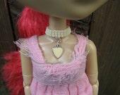 White heart Pullip & Blythe Fashion Doll Choker Necklace