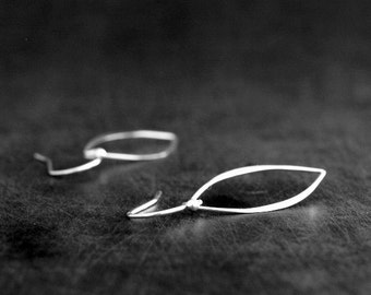 Petal Earrings / Sterling Silver / Simple Everyday Earrings / Leaf Earrings