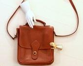 Vintage Black Leather Handbag - Classic Station Bag