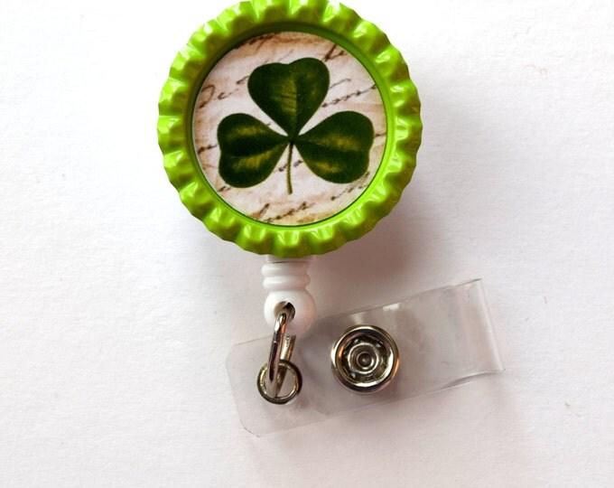 Clover Leaf  - Cute Badge Holder - Nurses Badge Holder - Bottlecap Badge - Nursing Badge Holder - Teacher Badge Reel - RN Badge Reel