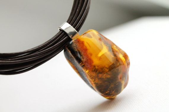 Honey Baltic Amber Pendant Nacklace Charm Leather Necklace Unisex Bee Geometric Rough Stone for Men OOAK
