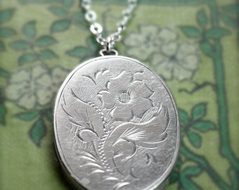 Vintage Sterling Silver Locket Necklace, Birmingham 1971 Flower Engraved Oval Pendant - Primrose