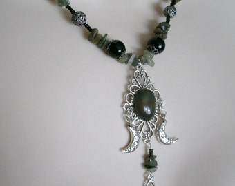 Triple Goddess Bloodstone Necklace, wiccan jewelry pagan jewelry wicca jewelry goddess jewelry witchcraft magic gothic witch wiccan necklace