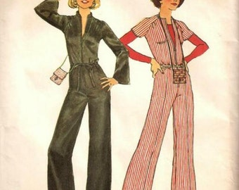 1970s Jumpsuit High Round Neck or Collarless Raglan Sleeves Front Zipper Simplicity 7423 Size 10 Bust 32.5 Women's Vintage Sewing Pattern