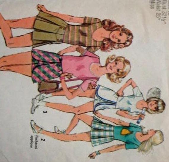 1970s mini skirt pantskirts tennis skirt golf skirt u neck pullover