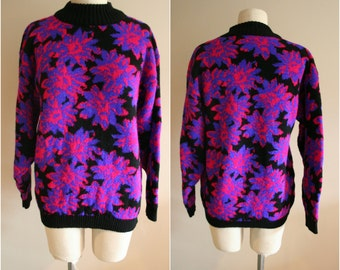 Vintage 80's/90's Metallic Floral Knit Pullover Sweater- Size Medium - Pullover- Urban- Hipster - Spunky - Made in USA
