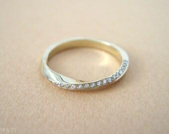 18k Mobius diamond ring, Diamond eternity ring, Gold mobius infinity ring, Mobius wedding band, Diamond mobius wedding band, Eternity band