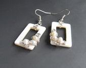 Shell pearl earrings, nautical earrings, ivory white wedding bridal jewelry