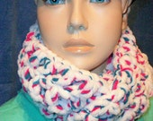 Little Girls Crochet Infinity Scarf Pink White Blue Girl Scarf Neckwarmer kids cowl neck  Plush and Soft