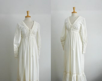 1970s Gunne Sax bohemian slightly off white empire waist corset prairie long sleeve summer dress size xsmall XS