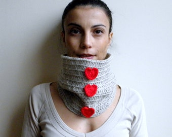 CROCHET PATTERN  heart cowl,  woman  neckwarmer, loop scarf , women valentines day gift,  DIY photo tutorial, Instant download