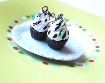 Food Earrings Cupcake Earrings ( polymer clay jewelry dessert earrings food jewelry miniature cupcake kiwi cupcakes miniature food)