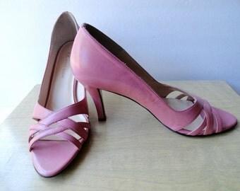 ANNE KLEIN VINTAGE Shoes| Pink Vintage  Anne Klein Leather Bubble Gum Pink Classic Pumps|Anne Klein Pink Shoes\Size 6 Leather Pumps
