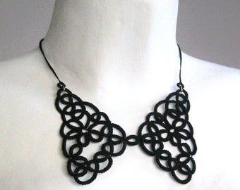 Black lace collar necklace Tatted lace Victorian collar Black accesories Peter Pan collar necklace