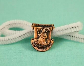 Copper Style Austrian Abtenau Dem Treuen Gast Fashion Pin