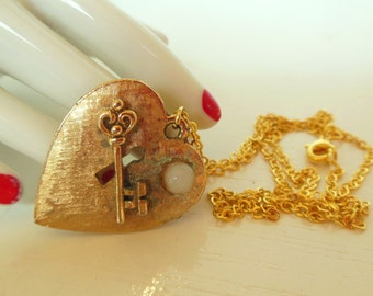 "Vintage Heart Key Necklace Upcycled Gold 50's 20"" (item 194)"