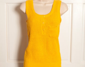 Bright Yellow Sleeveless Knit Top Tank with buttons and pocket - L SIMSBURY - M