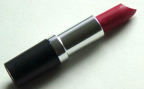 Jilted Vegan Matte Lipstick Blue Based Matte Red
