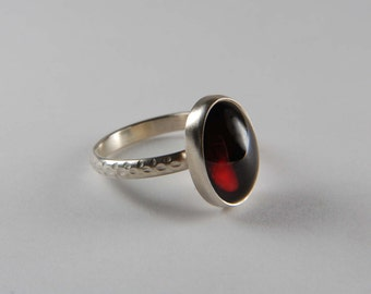 Garnet Ring Artisan Ring Natural Stone Ring 925 Silver Ring January Birthstone Jewelry Bezel Ring Garnet Jewelry