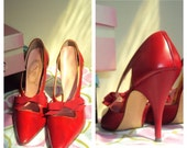 Red Lady Cammeyer Bow Stiletto Heels 1950s 6N