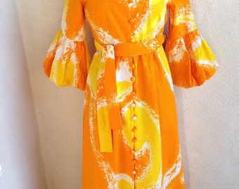 Vintage mod Hawaiian Long dress by Malia bubble sleeves button front sz 8/10