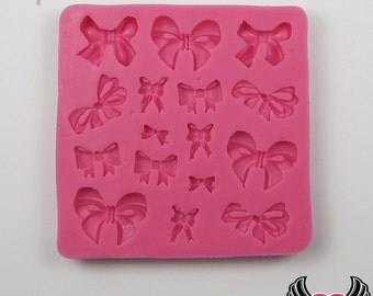 Small BOWS SILICONE MOLD, tiny bow mold, Food Grade, Flexible