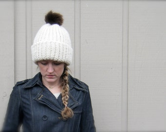 DIY Crochet Pattern: Fishtail Hat, adult, Chunky knit look pom pom hat, InstAnT DowNLoaD, Permission to Sell