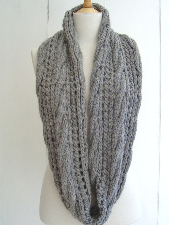 Cable Knit Scarf Pattern Beginner : KNITTING PATTERN Infinity Scarf with Cable Lace Easy Beginner