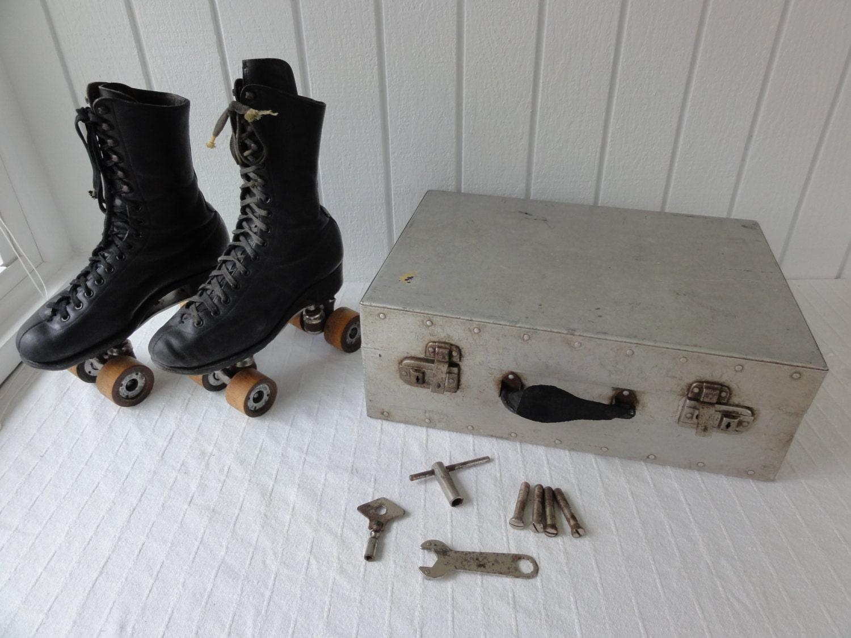 Roller skates kingston - 1914 Chicago Roller Skate Co Ware Bros Roller Skates Case Key