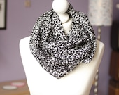 Winter infinity scarf leopard circular